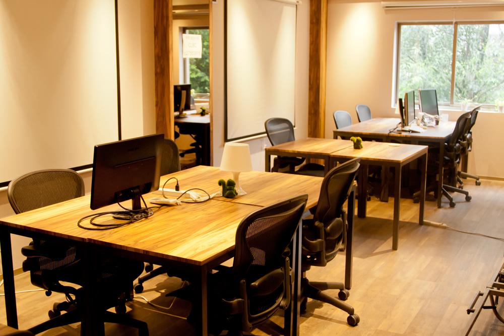 CLBC:執務スペース